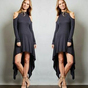 Dresses & Skirts - 🌟🌟New Arrival 🌟🌟Yvette Cold shoulder Dress